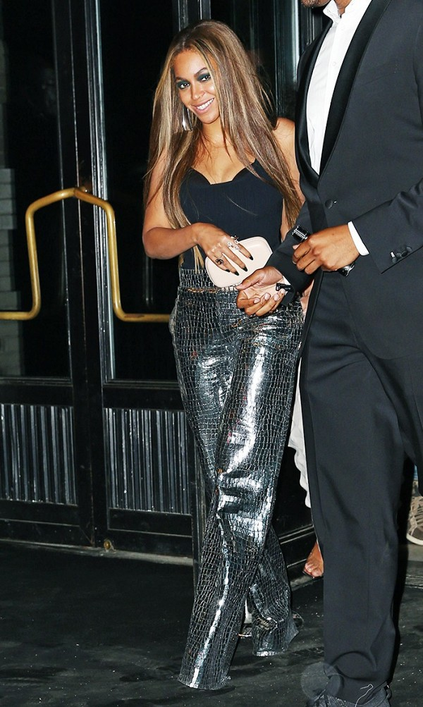 You make those Loewe pants look real good, Beyoncé.