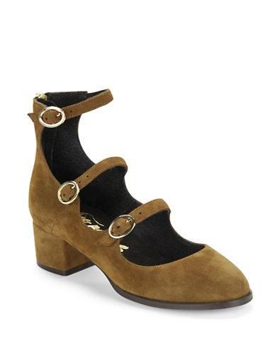 Free People mary jane heels, [$168](http://rstyle.me/n/byntm6823e)