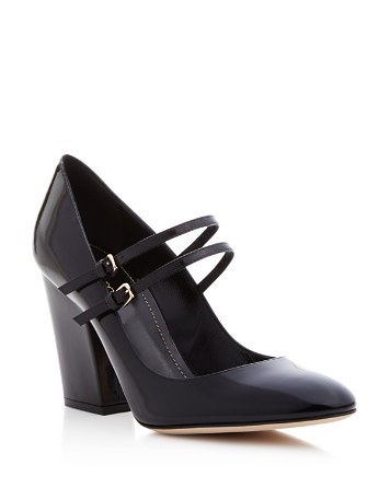 Sergio Rossi mary jane pumps, [$610](http://rstyle.me/n/byns8i823e)