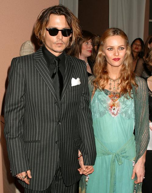Johnny Depp et Vanessa Paradis à la 9ème cérémonie des Critics Choice Awards en 2004