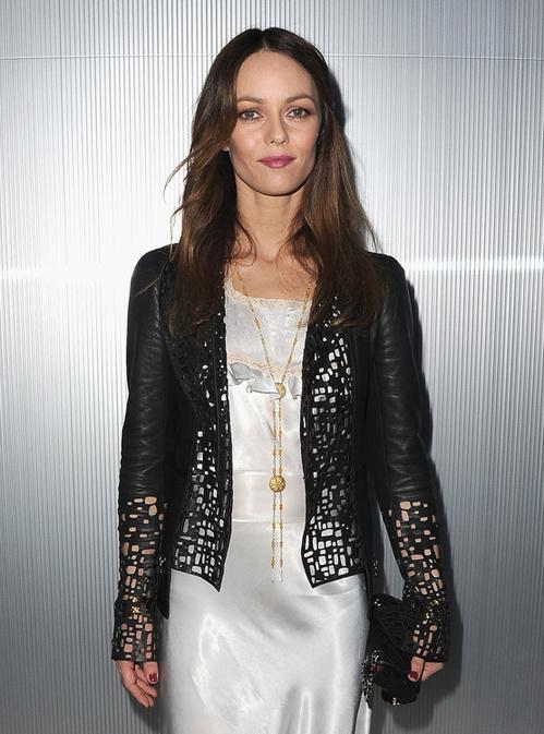 Vanessa Paradis au défilé Chanel haute couture printemps-été 2012