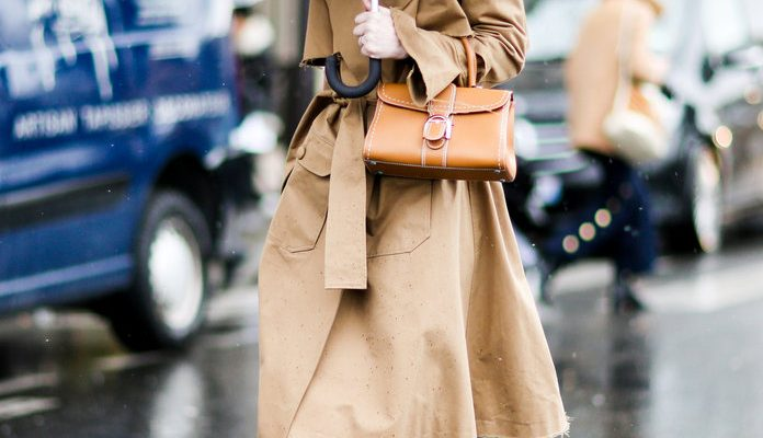 Street Style : Day Six - Paris Fashion Week Womenswear Fall/Winter 2017/2018