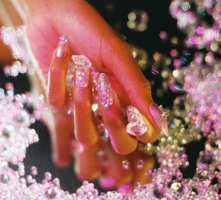 holiday-manicure-nails-mei-01