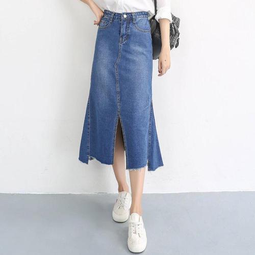lady-Denim-skirt